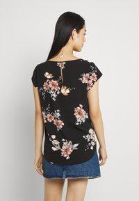 ONLY - ONLNOVA LUX - T-shirt print - black - 2