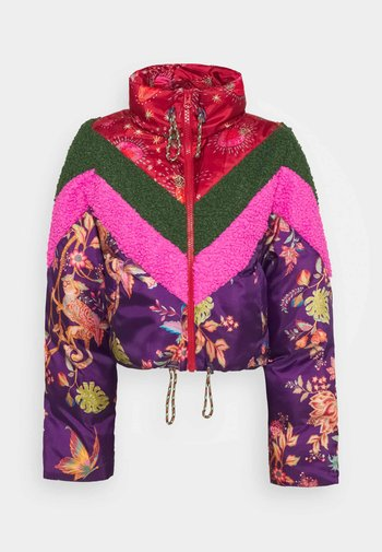 COSMIC FLORAL PUFFER