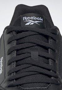 Reebok - LITE SLIP 2.0 - Joggesko - black - 7