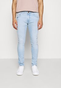 Wrangler - BRYSON - Jeans slim fit - clear blue - 0