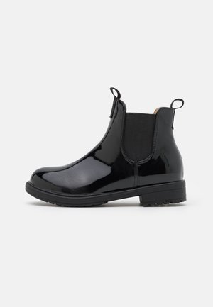 PULL ON GUSSET BOOT - Classic ankle boots - black