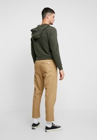 Jack & Jones - JJIJEFF JJTRENDY - Chino - kelp - 2