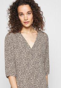 Modström - EMILY PRINT DRESS - Day dress - light brown - 3