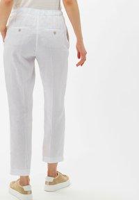 BRAX - Trousers - white - 2