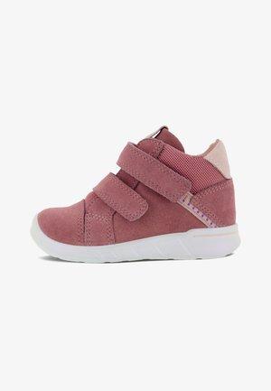 Baby shoes - bubblegum