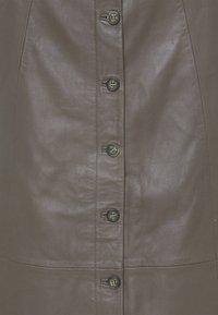 Culture - CUBENJA - Kožená sukně - tarmac - 2