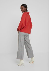 TOM TAILOR - CHECKED CULOTTE - Trousers - black/white/red/grey - 2