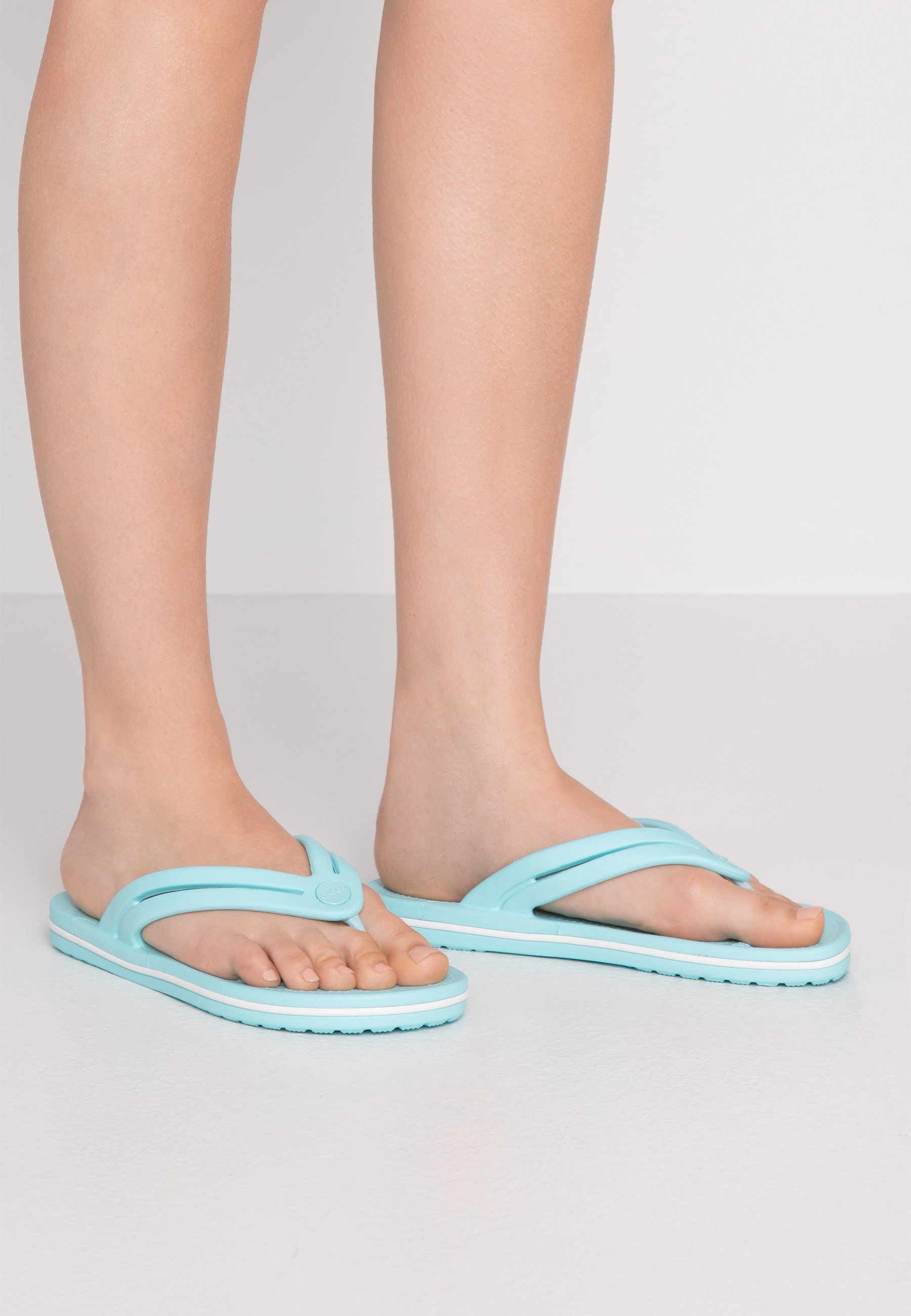 Scarpe da donna Crocs CROCBAND Infradito da bagno ice blue