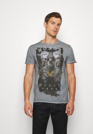 HONOR ROUND - Print T-shirt - steel blue