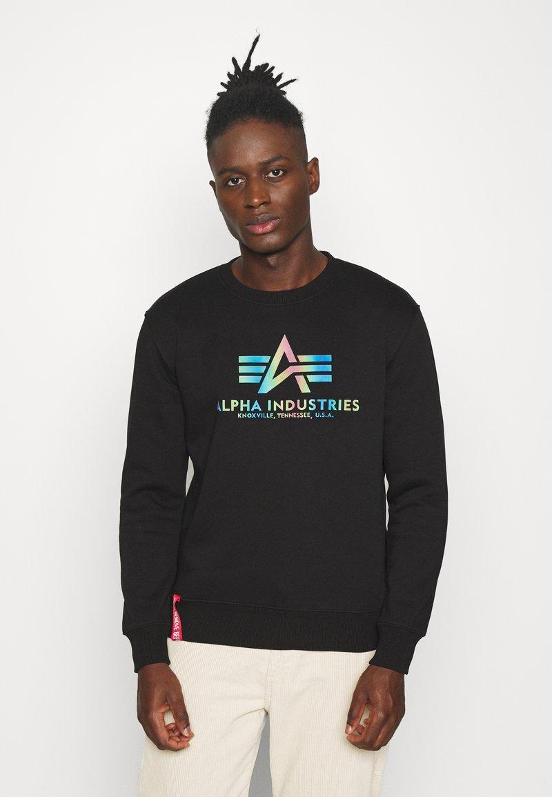 Alpha Industries - BASIC RAINBOW PRINT - Sweatshirt - black