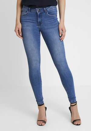 VMTANYA PIPING - Skinny-Farkut - medium blue denim