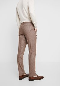 Shelby & Sons - CRANBROOK SUIT - Traje - light brown - 5