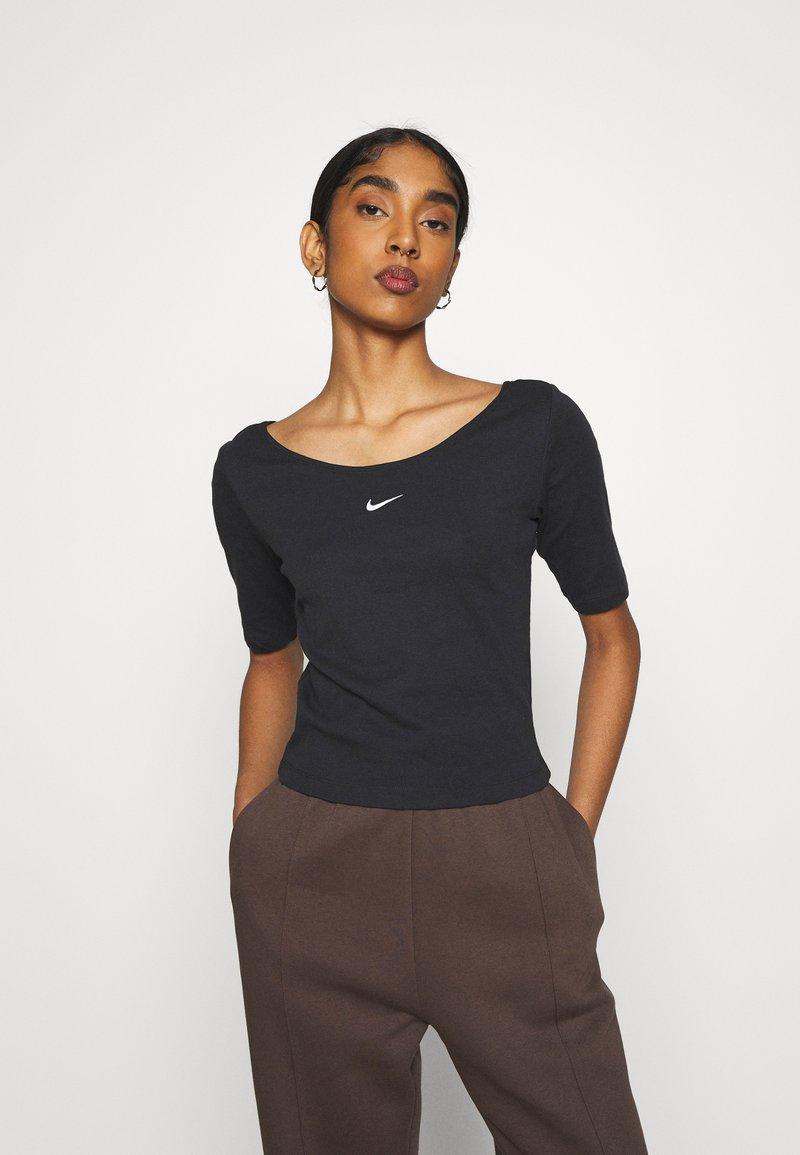 Nike Sportswear - SCOOP - T-Shirt basic - black/white