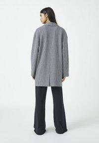 PULL&BEAR - Classic coat - grey - 2