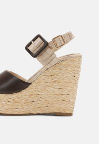 Laura Biagiotti - Platform sandals - beige - 7