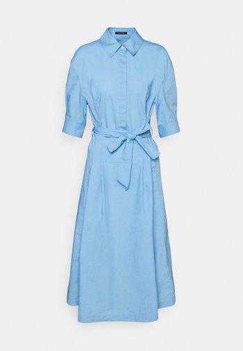 DRESS STYLE BELTED WAIST