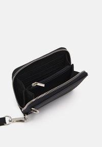 Mennace - LANYARD COIN BAG - Wallet - black - 2