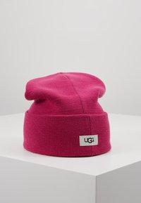 UGG - CUFF HAT - Muts - fuchsia - 0