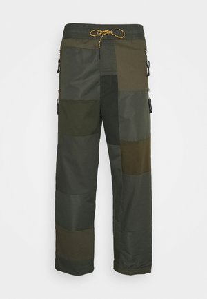 P-HOR - Trousers - olive