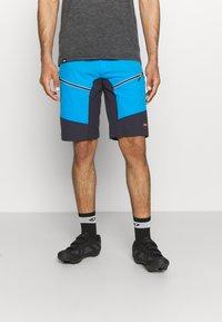 CMP - MAN FREE BIKE BERMUDA WITH INNER UNDERWEAR - Sports shorts - regata - 0