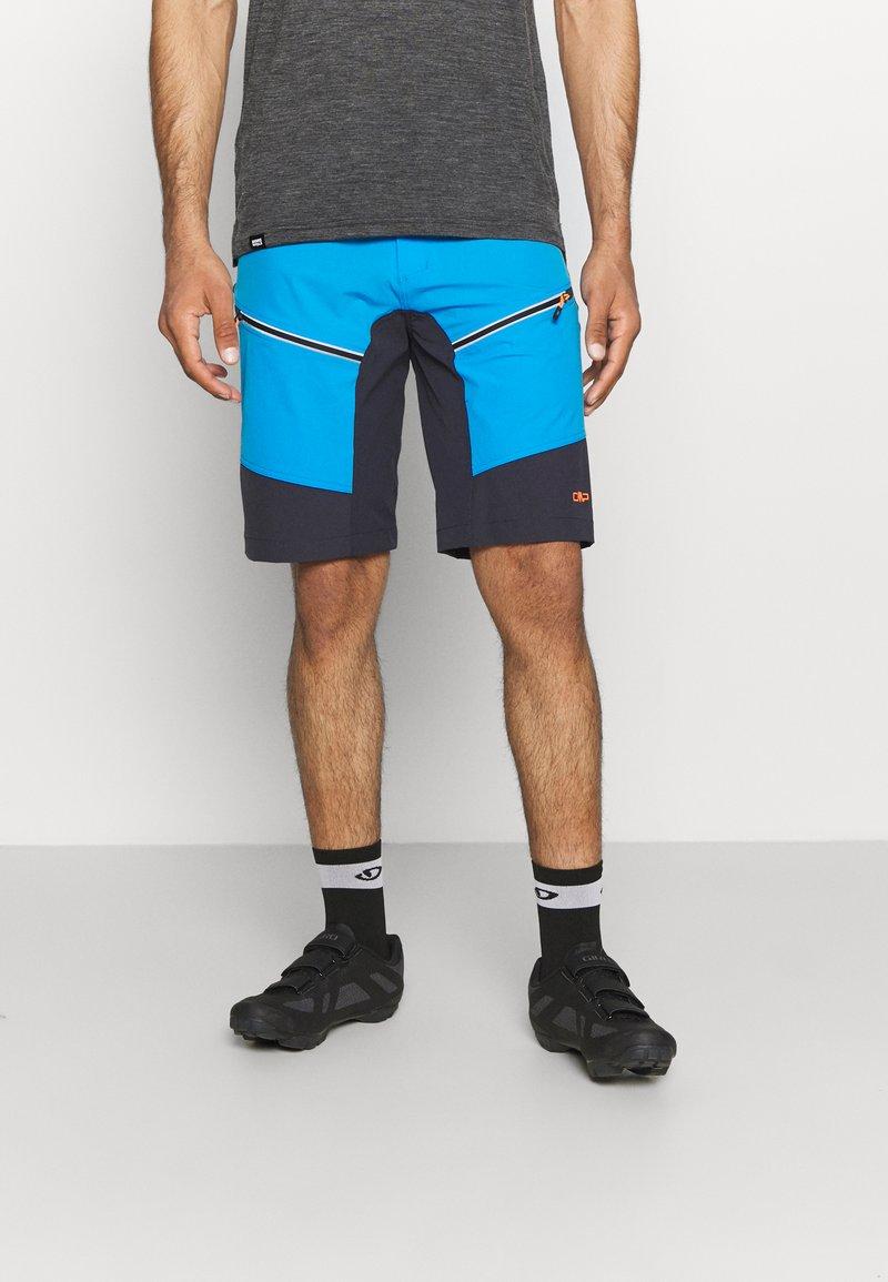 CMP - MAN FREE BIKE BERMUDA WITH INNER UNDERWEAR - Sports shorts - regata