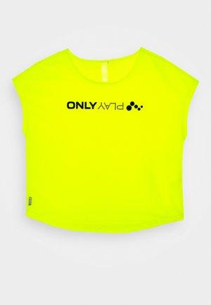ONPJACEI LOOSE TRAINING TEE  - T-shirt con stampa - yellow/black