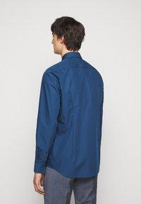 HUGO - KASON - Kostymskjorta - dark blue - 2