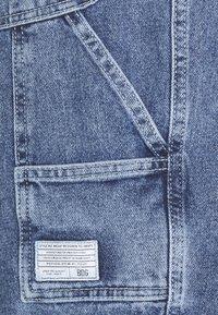 BDG Urban Outfitters - CARPENTER - Denim shorts - blue - 2