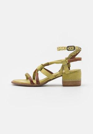 Sandały - zen