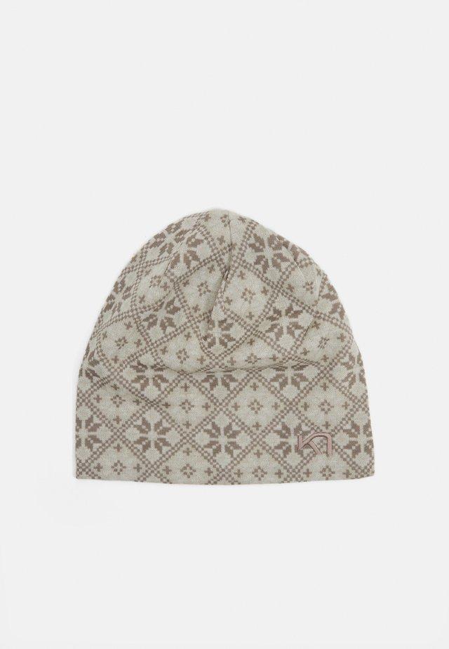 ROSE BEANIE - Bonnet - shell