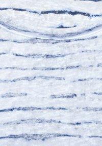 Street One - MIT KNOTENDETAIL - Print T-shirt - weiß - 4