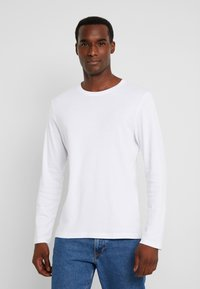 TOM TAILOR - BASIC LONGSLEEVE - Langærmede T-shirts - white - 0