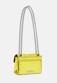 Kurt Geiger London - MINI KENSINGTON BAG - Taška s příčným popruhem - yellow - 2