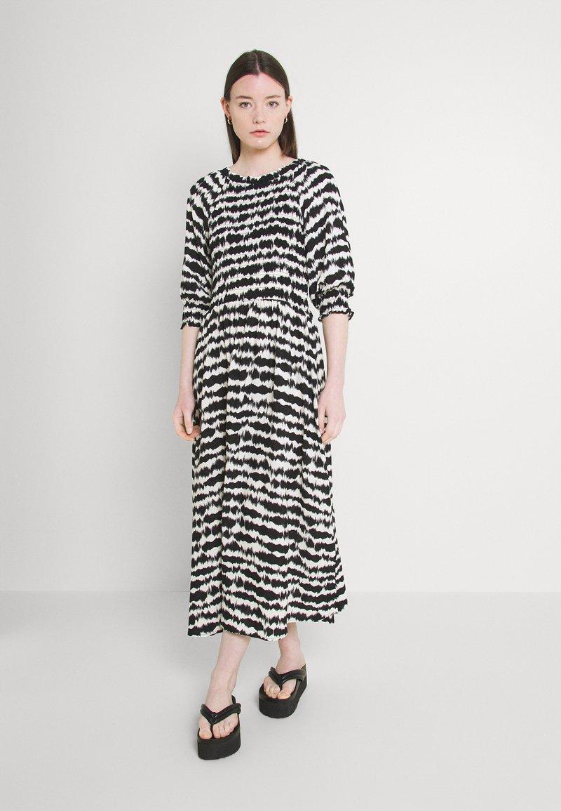 b.young - FLOURI ETHNIC DRESS - Day dress - black