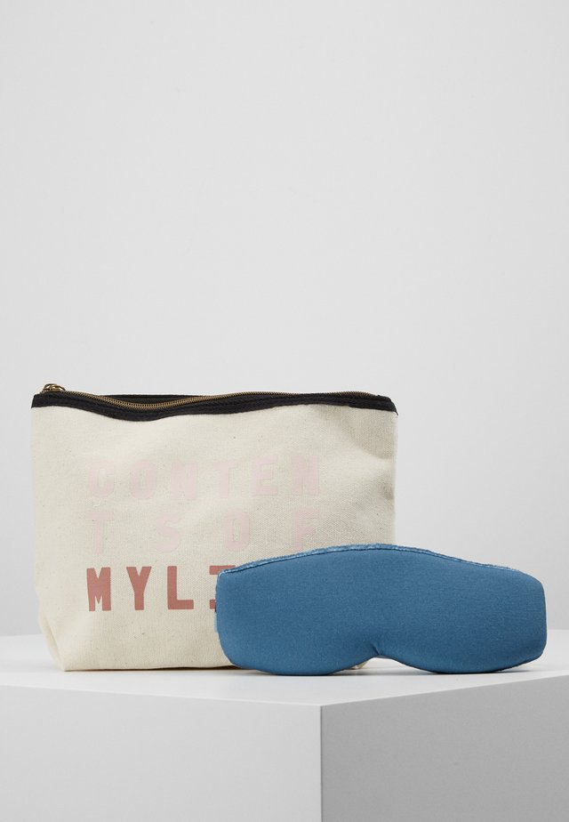 TRAVEL POUCH EYEMASK PACK SET - Wash bag - offwhite
