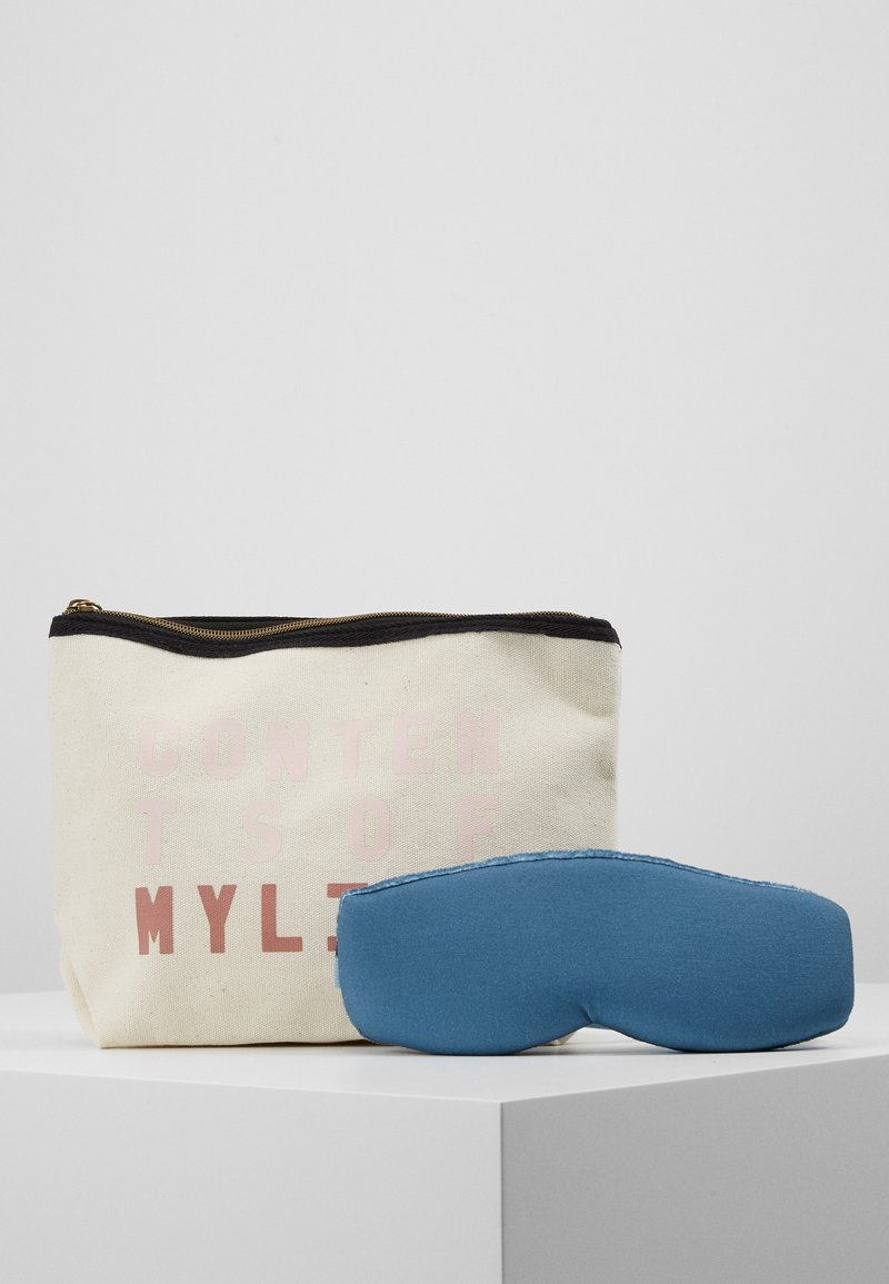 TYPO - TRAVEL POUCH EYEMASK PACK SET - Wash bag - offwhite