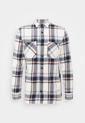 JORFINDER SHIRT - Shirt - seedpearl