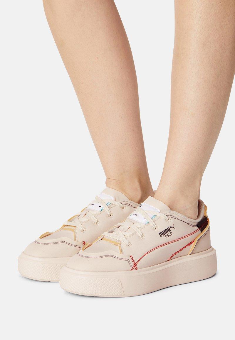 Puma - OSLO MAJA  - Zapatillas - white gum