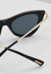 Le Specs - ENCHANTRESS - Okulary przeciwsłoneczne - black - 2