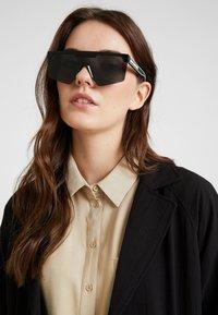 Marc Jacobs - Sluneční brýle - black - 2