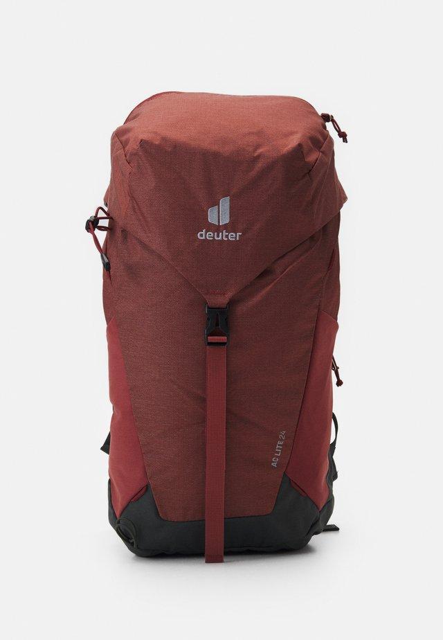 AC LITE 24 UNISEX - Plecak podróżny - redwood/ivy