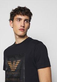 Emporio Armani - T-Shirt print - dark blue - 3