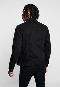 New Look - WESTERN - Denim jacket - black - 2