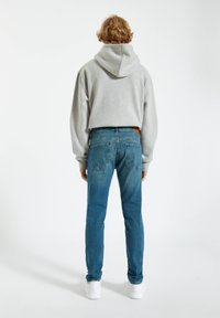 PULL&BEAR - Jeans a sigaretta - light blue - 2