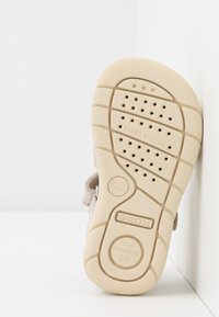 Geox - ALUL GIRL - Sandals - beige - 5