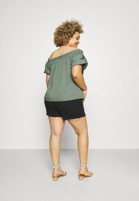 Dr.Denim Plus - NORA - Denim shorts - retro black - 2