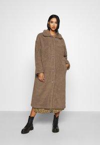 Minimum - IVORI - Classic coat - sepia tint - 4