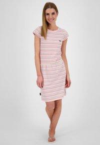 alife & kickin - SHANNAAK - Jersey dress - white - 1