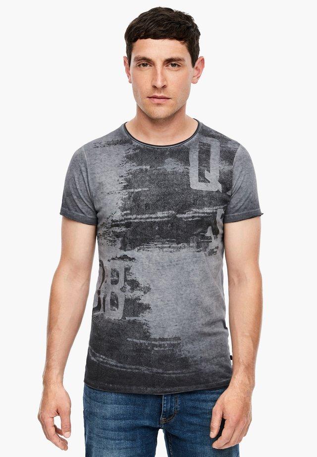 IM FADE OUT-LOOK - Print T-shirt - dark grey