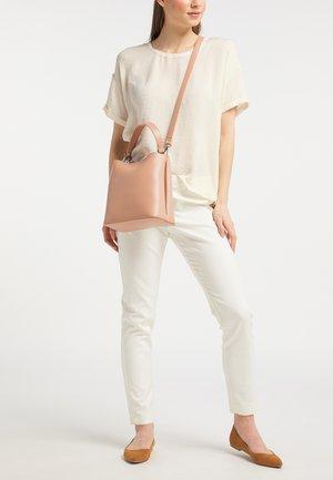 WHITE LABEL - Across body bag - light pink